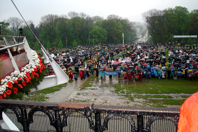 Przeglądasz zdjęcia z galerii: Pielgrzymka na Jasną Górę 2011 - galeria zdjęć